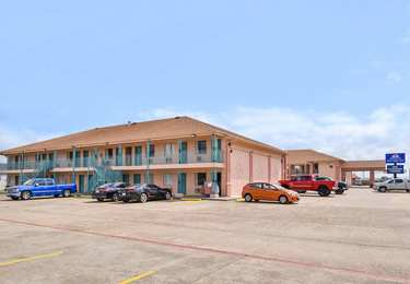 Americas Best Value Inn Clute