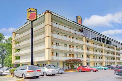 Super 8 Hotel Downtown Graceland Memphis