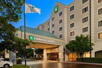 Emby Suites Near The Galleria Dallas