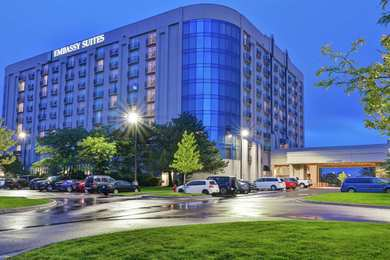 Embassy Suites Minneapolis Airport Bloomington