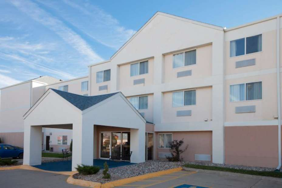 Wingate by Wyndham Hotel Sioux City