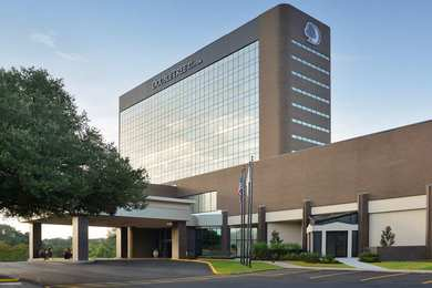 DoubleTree by Hilton Hotel Airport Lafayette