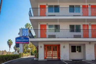 San Diego Naval Base is located in southern California, south of downtown San Diego and west of National City. San Diego Naval Base on-base temporary lodging is at Navy Gateway Inns and Suites.. The closest off-base hotels and motels are just east of the Base along I
