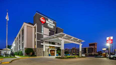 Best Western Plus Dallas I-35 Walnut Hill Hotel