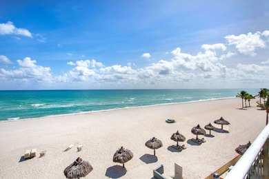 Days Hotel Thunderbird Beach Resort Sunny Isles