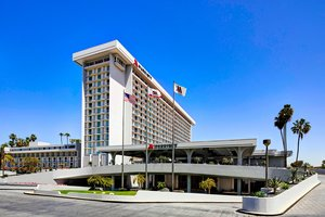 Marriott Hotel LAX Airport Los Angeles