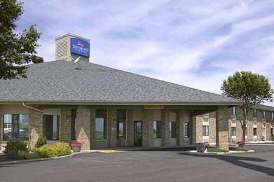 Baymont Inn Suites Tuscola