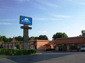 Americas Best Value Inn & Suites East Memphis