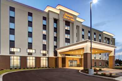 Hampton Suites Syracuse North