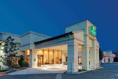 La Quinta Inn Suites Fairfield