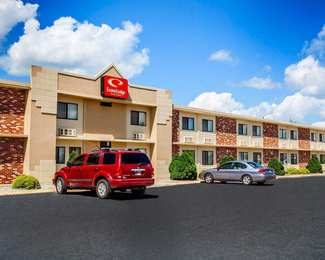 Econo Lodge Inn Suites Newton