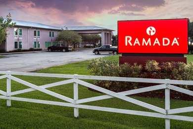 Ramada Inn Luling