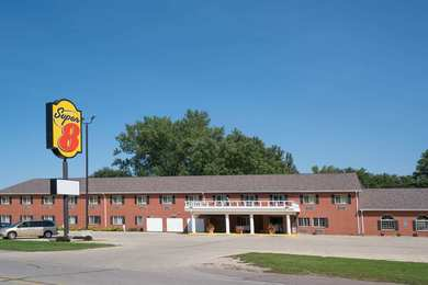Super 8 Hotel Sheldon