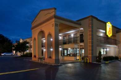 Super 8 Hotel West Knoxville