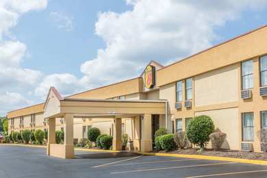 Super 8 Hotel Downtown Knoxville