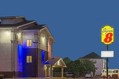 Super 8 Hotel New Castle