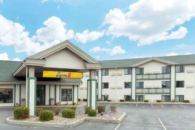 Super 8 Hotel Wisconsin Dells