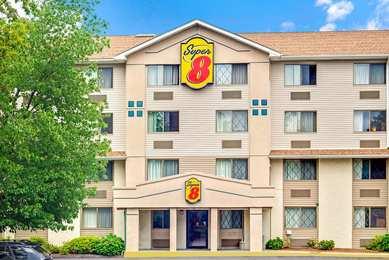 Super 8 Hotel Stamford