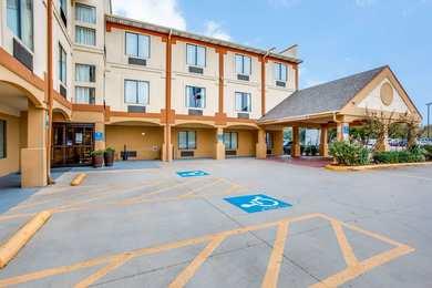 Comfort Inn & Suites Market Center Dallas