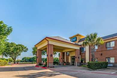 Quality Inn near Baylor Medical Center Plano