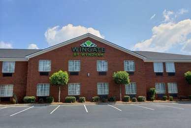 Wingate by Wyndham Hotel I-95 North Port Wentworth
