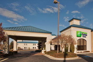 Holiday Inn Express Hotel Suites Wilson