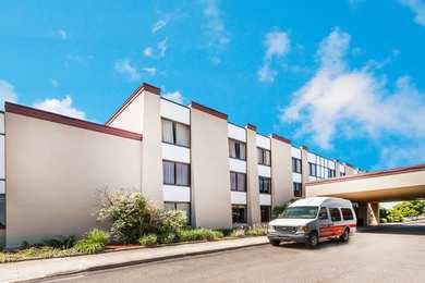Ramada Hotel & Conference Center Lansing