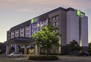 Holiday Inn Express Hotel Suites Mississauga