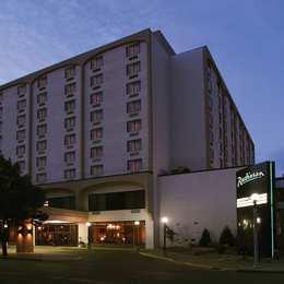 Radisson Hotel Bismarck