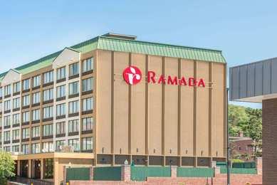 Ramada Hotel Downtown Cumberland