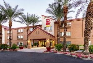 Red Roof Plus+ Inn & Suites Airport Tempe