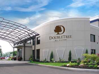 DoubleTree by Hilton Hotel Amherst