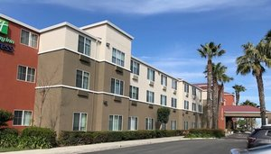 Holiday Inn Express Hotel & Suites Tracy