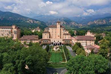 Broadmoor Resort Hotel Colorado Springs