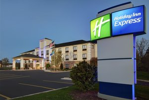 Holiday Inn Express Adrian