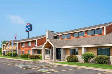 AmericInn Lodge & Suites Little Falls