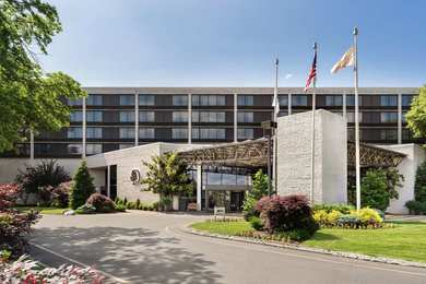 DoubleTree by Hilton Hotel & Meeting Center Somerset