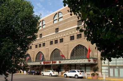 Drury Inn & Suites Convention Center St Louis