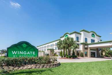Wingate by Wyndham Hotel Sulphur