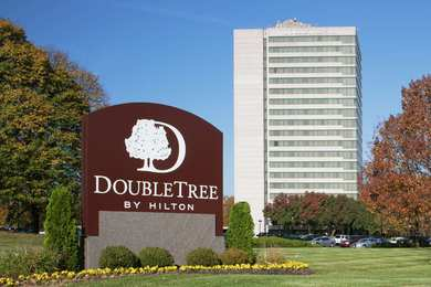 DoubleTree by Hilton Hotel Overland Park