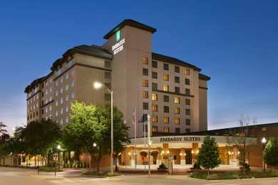 Emby Suites Lincoln