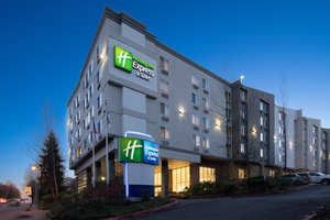 Holiday Inn Express Hotel & Suites Airport SeaTac