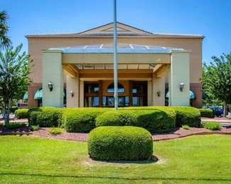 Quality Inn & Suites West Mobile