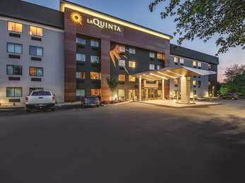 La Quinta Inn Bradley Airport Windsor Locks
