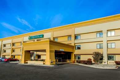 La Quinta Inn Suites Southgate