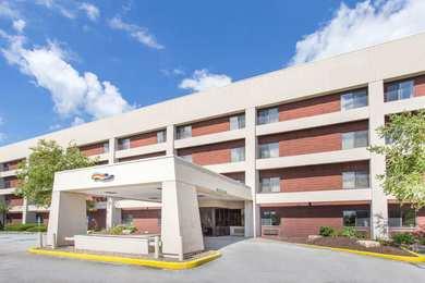 Baymont Inn Suites Davenport