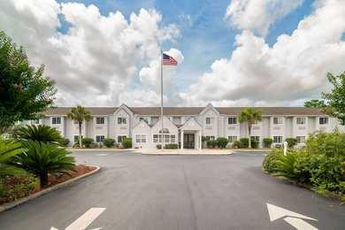 Microtel Inn & Suites by Wyndham Pooler