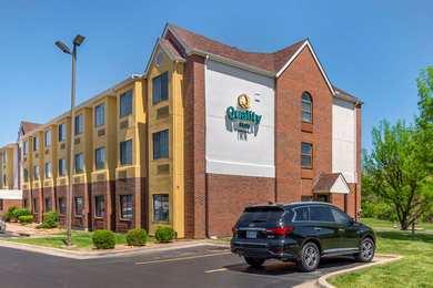 Super 8 Hotel Overland Park