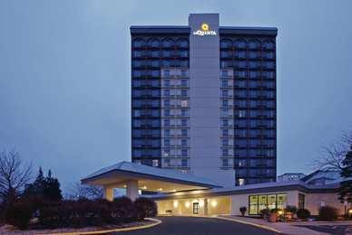 La Quinta Inn & Suites West Bloomington