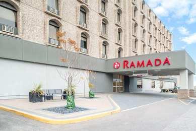 Ramada Hotel & Golf Dome Saskatoon